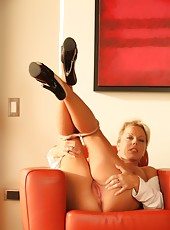 Calling all pantyhose lovers, this high quality set of Amber Lynn Bach is for you.