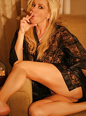 The already infamous cigar smoking session! Rachel