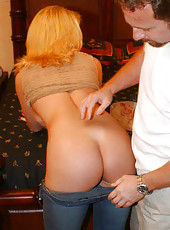 Classy blonde milf gets dirty in the bedroom