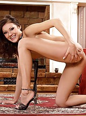 Young brunette striping & spreading