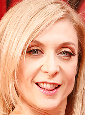 Nina Hartley live chat with toys