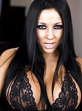Audrey Bitoni strips out of lingerie