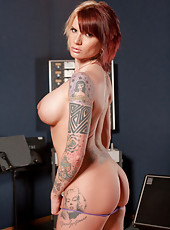Redhead mom Monroe Valentino with fine tattoes and big juggs