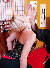 Horny blone slut Alexis Texas is ready for a hardcore kung fu fuck