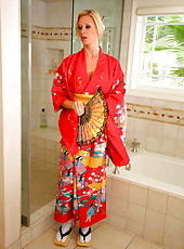 Gorgeous blonde geisha with tempting eyes and huge breast Brooke Banner