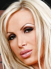 Sumptuous blonde firefighter Nikki Benz has sweet fun at the workplace