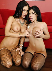 Threesome with busty brunettes Jessica Jaymes and Rebeca Linares