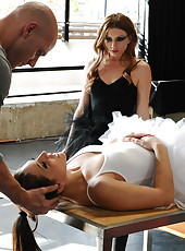 Gracie Glam and Lexi Belle in the realisti� ffm threesome action