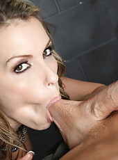 Courtney Cummz got big cock in her gentle mouth and sweet pussy