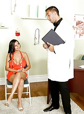 Diamond Kitty seduces a doctor with her fantastical sexual ambitions