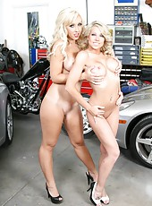 Blonde milfs Jessica Lynn and Shawna Lenee and their big succulent boobs