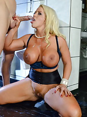 Great fuck with buxom blonde milf Alura Jenson at the kitchen