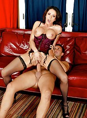 Foxy babe Ariella Ferrera loves anal sex and swallows big cocks to get that