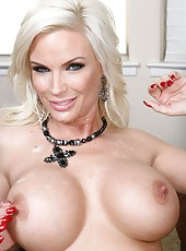 Diamond Foxxx demonstrates big tits and gets ready to ride someone