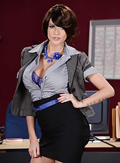 Busty brunette milf Joslyn James rubs her big tits and gets pleasure