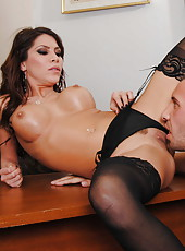 First-class mature secretary Aleksa Nicole gets on the dick in her office