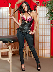 Extremely hot temptress Vanilla Deville with long legs and sweet big tits