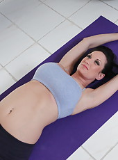 Super busty hottie with sweet tattoos Stephanie Wylde came to practice fucking yoga