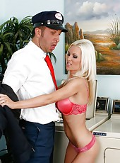 Glamorous and gorgeous Brandi Edwards seduces happy mayshag man with powerful dick