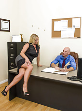 Mature secretary Devon Lee was dreaming about her boss