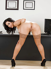 Astounding brunette milf with great big tits and slender body Jayden Jaymes poses naked