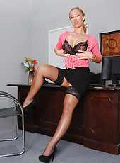 Pretty secretary Nicole Aniston shows her gorgeous body and big tits