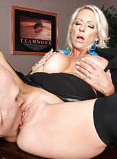Excellent blonde milf with big tits Emma Starr fucked and licked by her worker