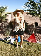 Magnificent blonde milf Rhyse Richards presents great strip scene at the backyard