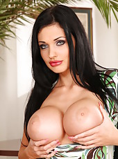 Extremely provocative Aletta Ocean
