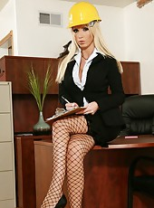 Sweet and fabulous blonde bitch Nikki Benz demonstrates her sexy lingerie