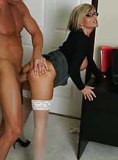 Great milf with big tits Kristal Summers fucking sweet with her neighbourhood lover