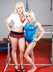 Hot whores Christie Stevens and Dayna Vendetta doing dirty lesbian things