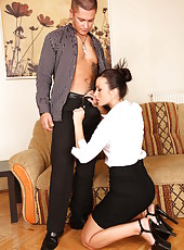 Lovely hooker Simone Peach gets dirty with her boyfriend and makes a blowjob