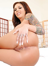 Arresting whore Mason Moore showing awesome ass and rubbing big tits