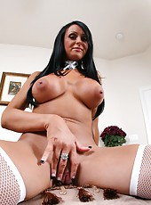 Dangerously hot housekeeper with tanned skin and huge tits - Hailey Star