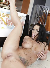 Crazy cooking lessons with an incredible whore named Jayden Jaymes