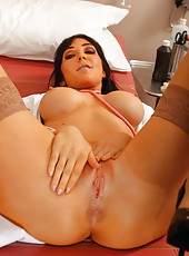 Brunette milf with gorgeous eyes and big tits named Diana Prince is a talented doctor