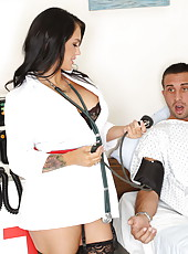 Doctor Jenna Presley and dulcet blonde hottie Tasha Reign try to recover her boyfriend