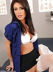 Experienced doctor Jessica Jaymes presents us great striptease at her workplace
