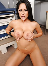 Fantastical babe Jenaveve Jolie treats with great titjob, cock riding and facial