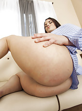 Fatty milf with defiant look and huge forms Mackenzee Pierce teases us