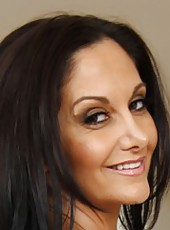 Adventurous milf Ava Addams showing delicious boobies and wet pussyy