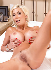 Gorgeous blonde whore Puma Swede being single and seducing you with her tits