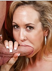 Aesthetic wife Brandi Love gets dirty with her neighbor and reaches orgasm