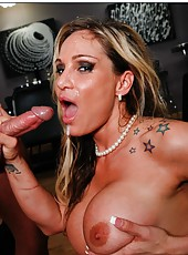 Sparkling babe Tyler Faith enjoys a new wiener and gets satisfied