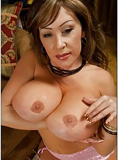 Awesome wife Kandi Cox getting naked and spreading mature pussy