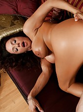 Goodly bitch Ariella Ferrera gets her pussy licked and drilled hard