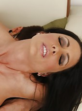 Cuddly slut Jessica Jaymes enjoying warm cum from a big hard wiener