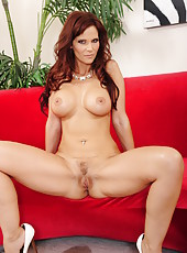Lovely milf Syren De Mer showing off her good-looking body and her tits