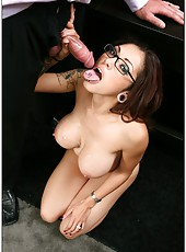 Horny milf with wild ideas Adrenalynn is ready to demonstrate it everywhere